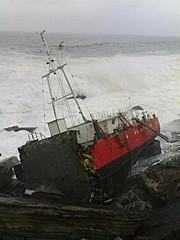 Green peace exige que se extraiga el combustible del mar para evitar posibles vertidos a la costa